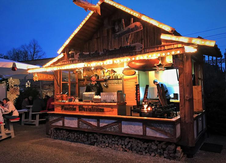 Bild 9: Mobiler Firmen Weihnachtsmarkt mieten - Weihnachtsfeier Ideen - Weihnachtshütten - Catering - Eventausstattung - Riesen Nussknacker - Riesen Räuchermann