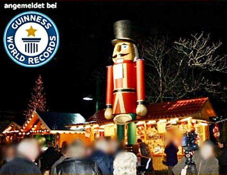 Bild 2: Riesen Nussknacker Figur grosse Holzfigur groß Nußknackerfigur Weihnachtsfeier - Weihnachtsmarkt - Firmenfeier - Theater - Kulisse Eventausstattung