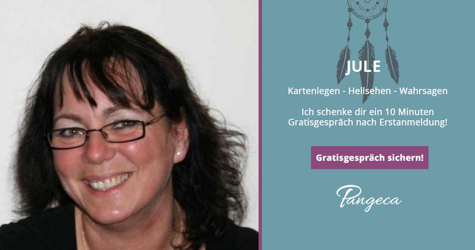Kostenlos Kartenlegen bei Jule auf Pangeca - 10 Minuten Gratisgespräch!
