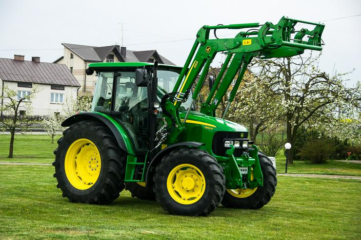 John Deere 5100 R Traktor;Frontlader