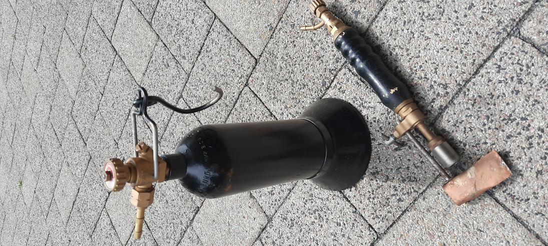 Bild 2: Dachdecker Lötzeug