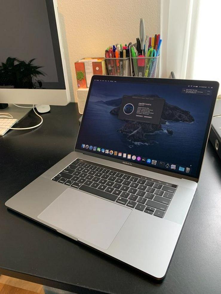 "Bild 2: MacBook Pro 15 ""2018 (i9 / 32 GB / 500 GB)"