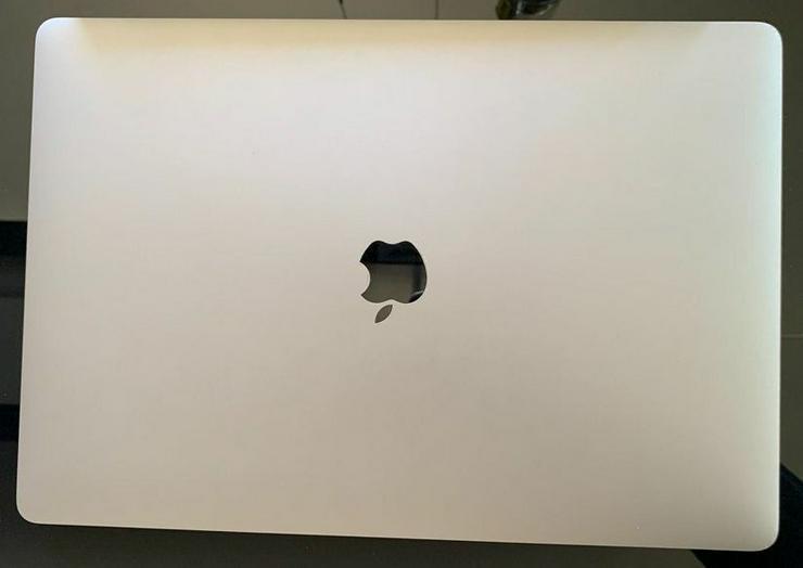"Bild 1: MacBook Pro 15 ""2018 (i9 / 32 GB / 500 GB)"