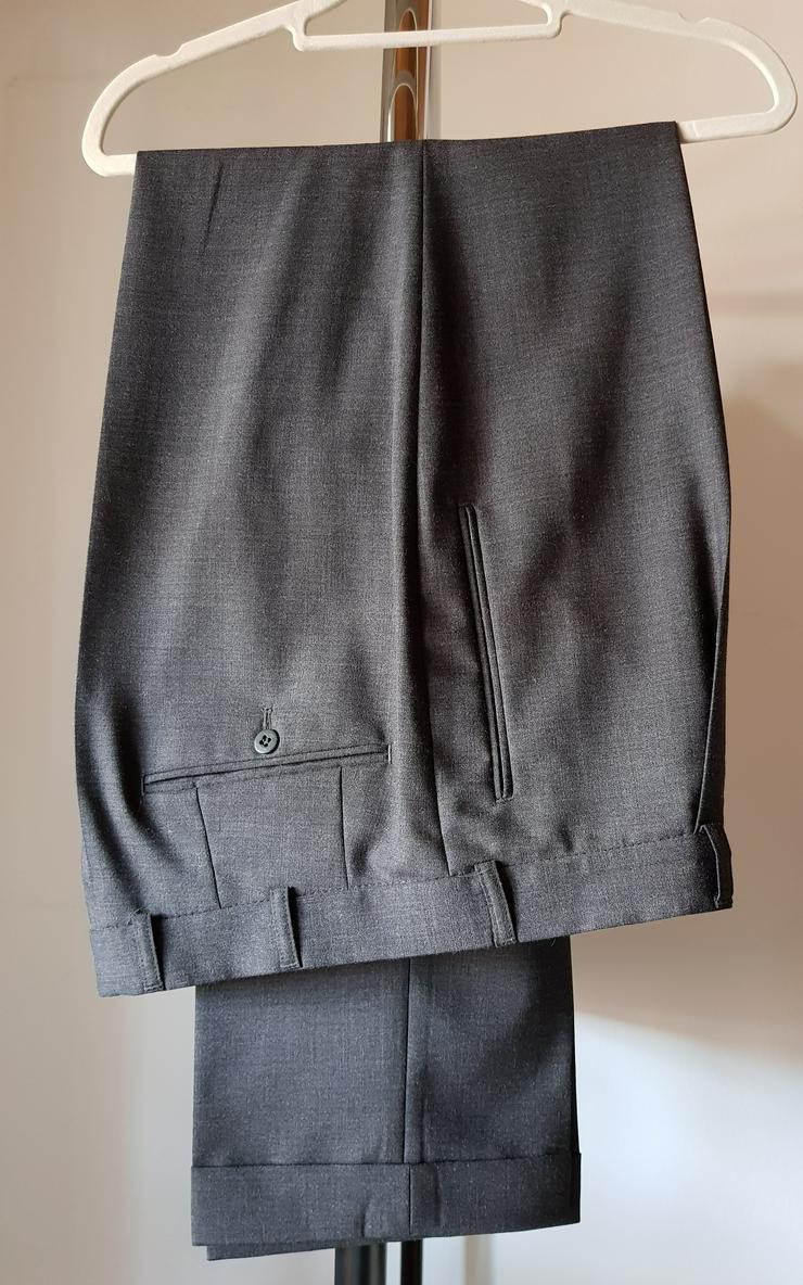 Bild 3: Herrenanzug Gr. 50 dunkelgrau mit zwei Hosen