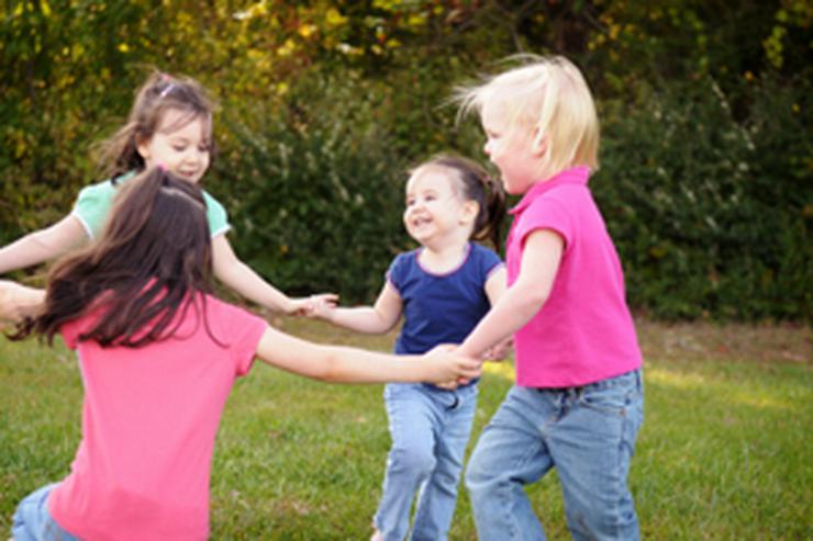 Kinder-Tanz (3-7 Jahre)