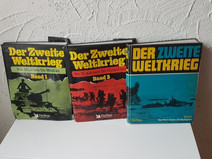 Kriegsbücher + 3 Magazine
