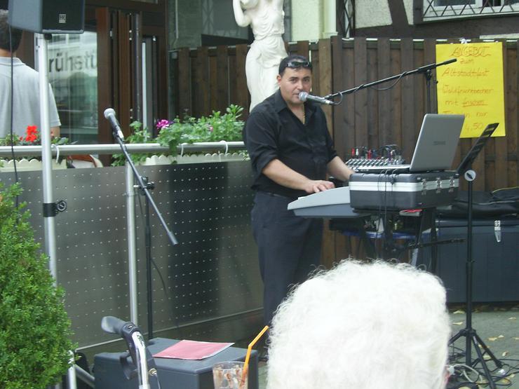 Bild 2: Italienische Bella Italia Musik Band