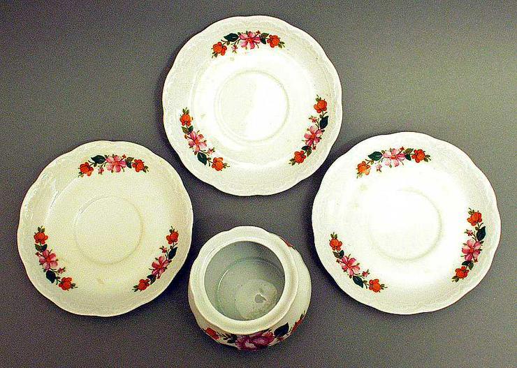 Bild 5: Geschirr von MITTERTEICH BAVARIA - Zuckerdose + 3 Unterteller