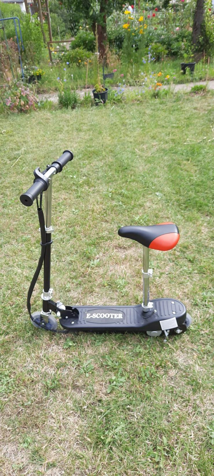 Verkaufe E Scooter nur einmal Gefahren