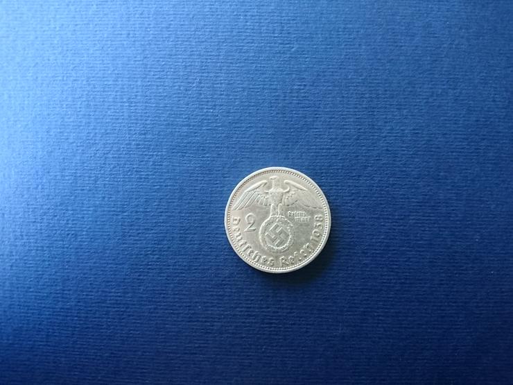Bild 2: Verkaufe 2 Reichsmark - Silbermünze aus dem Jahr 1938 - Paul von Hindenburg. incl. Versand