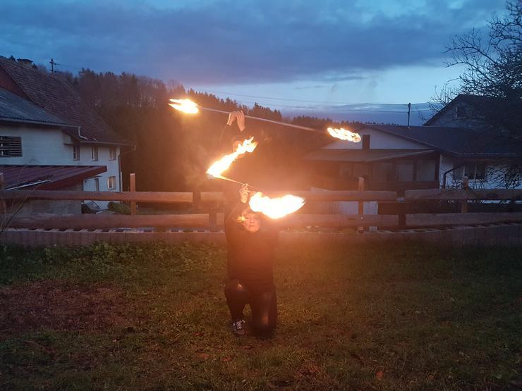 Bild 2: Dragonstaff, Feuerstab, Feuerjonglage, 120 cm