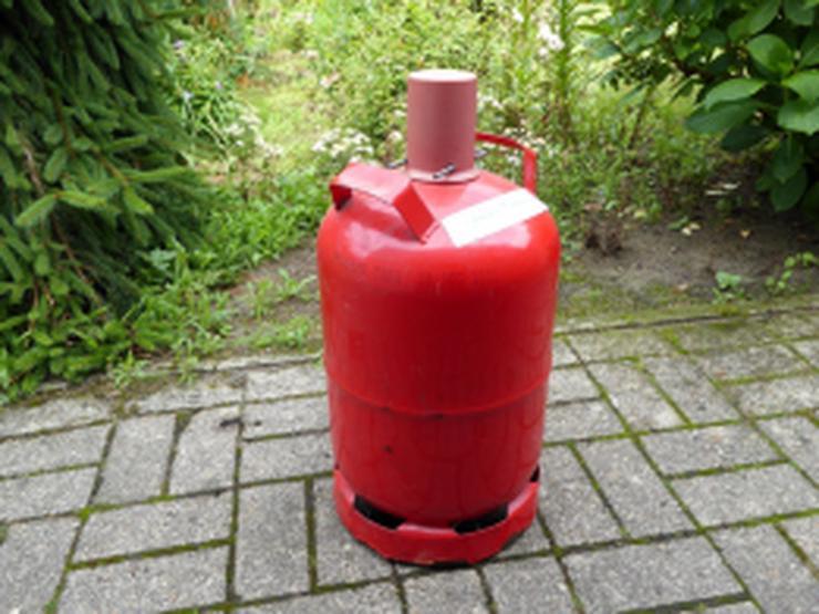 leere 11 kg Gasflasche für Campingkocher