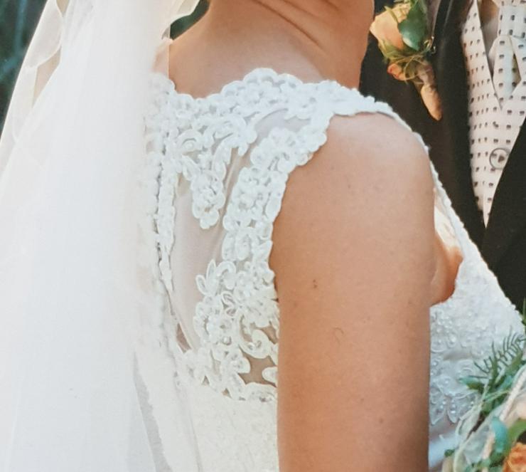 Bild 5: Brautkleid 34/36, Farbe: champagner, Marke St. Patrick, sehr gut erhalten