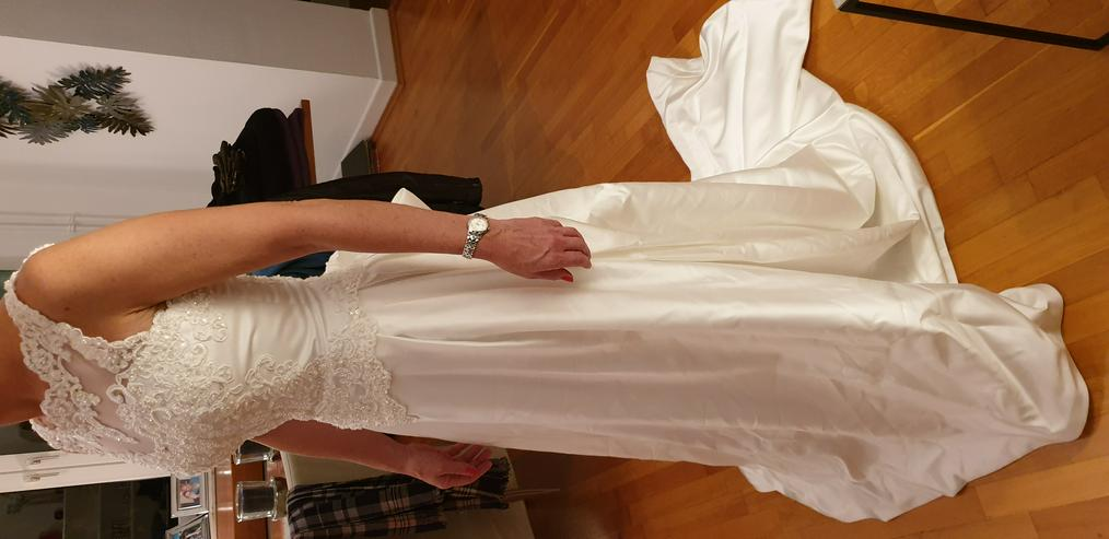 Bild 2: Brautkleid 34/36, Farbe: champagner, Marke St. Patrick, sehr gut erhalten