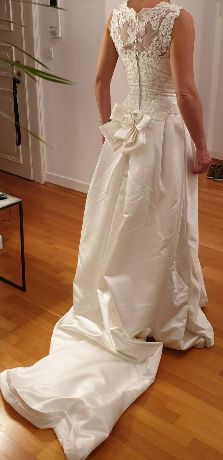 Bild 6: Brautkleid 34/36, Farbe: champagner, Marke St. Patrick, sehr gut erhalten