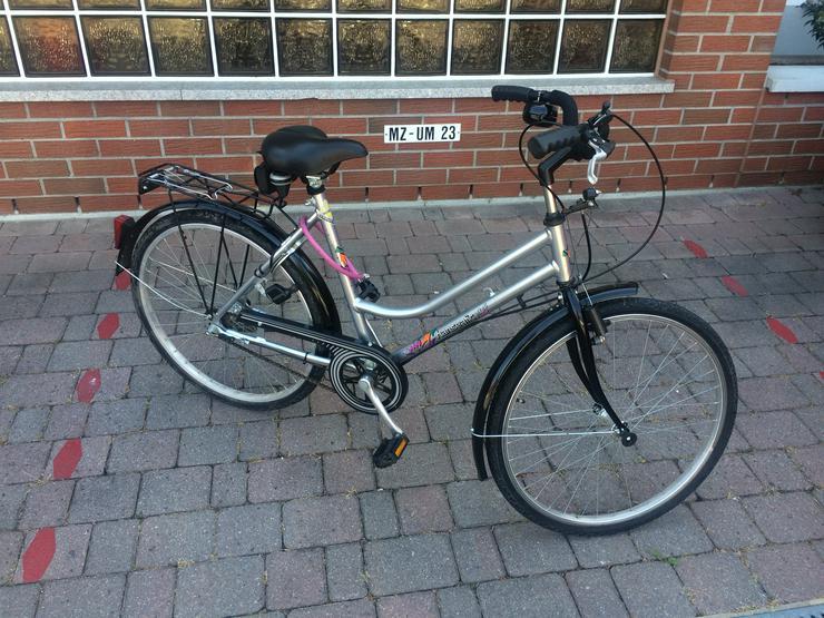 Damen Fahrrad - 28 Zoll - Hanseatic Bike