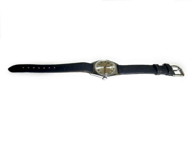 Bild 2: Schöne Armbanduhr von Kienzle