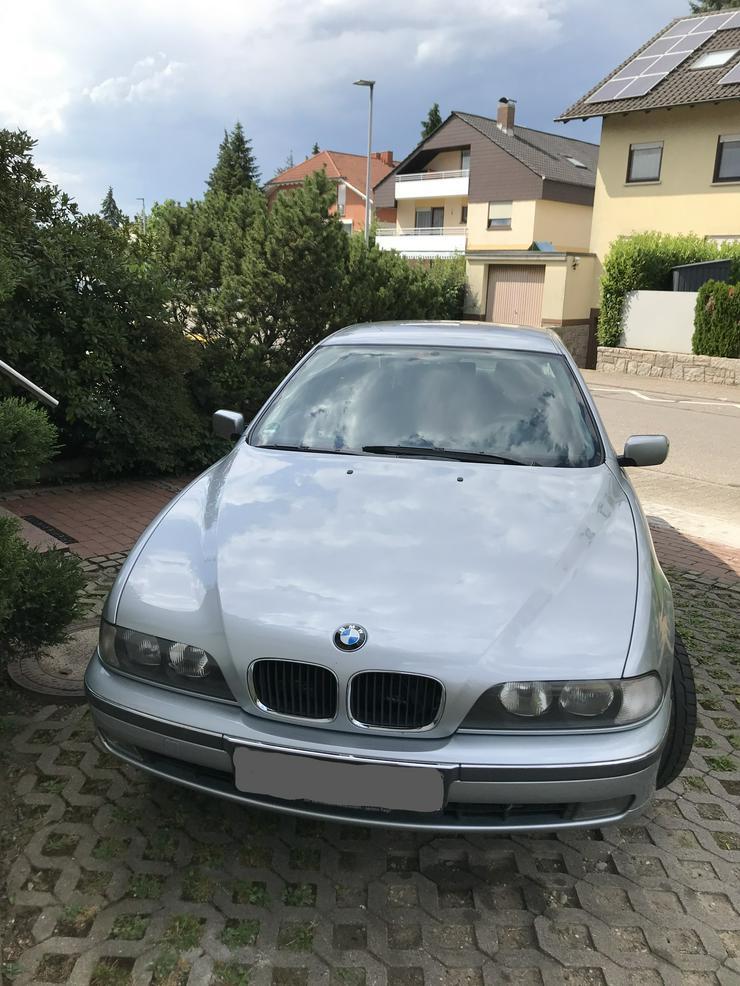Bild 3: BMW 523i gut erhalten
