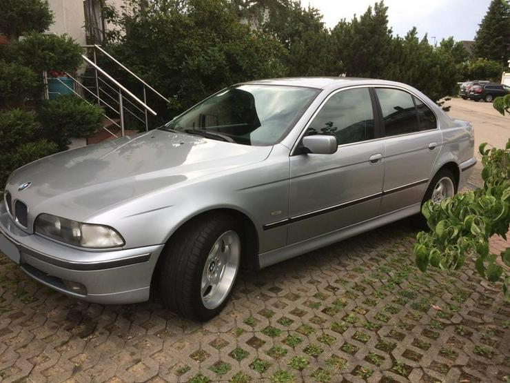 Bild 2: BMW 523i gut erhalten