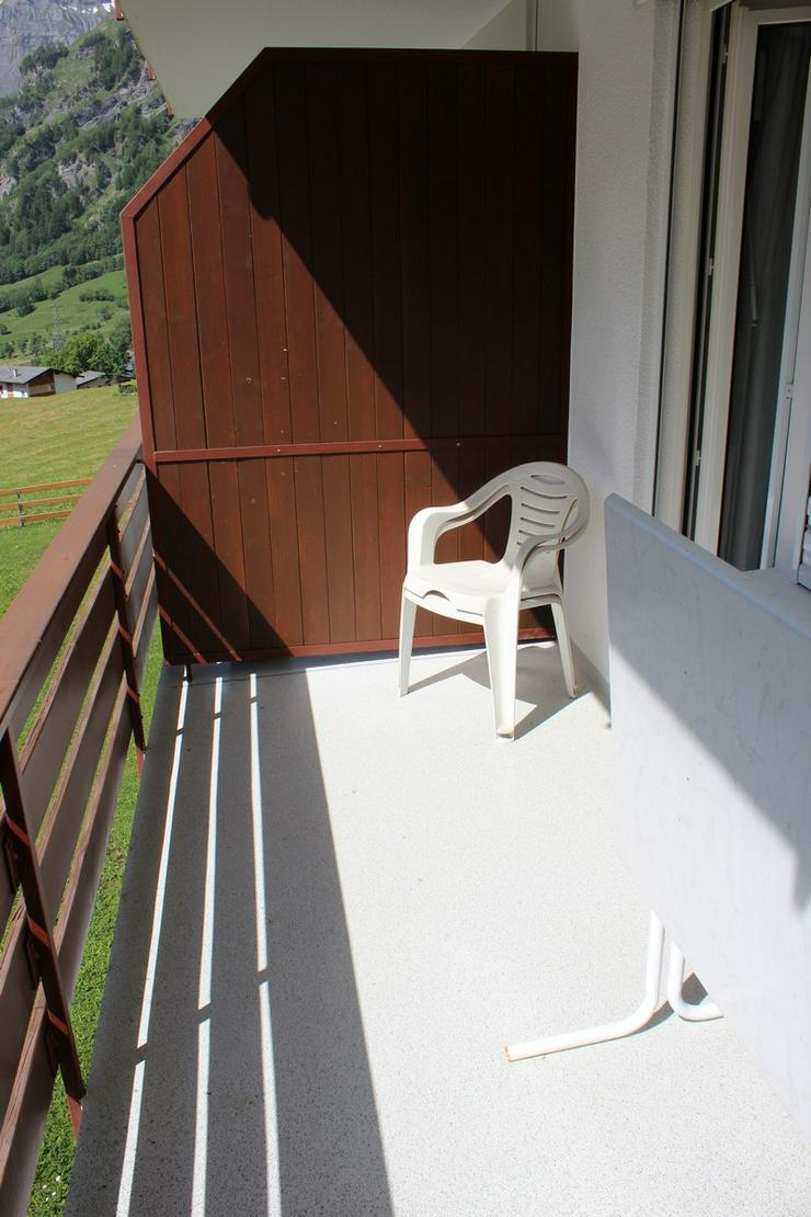 Bild 5:  APOLLO, helle Studiowohnung, grosser Balkon Süd-Ost, wunderschöne Aussicht