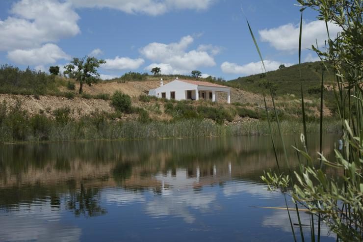 Ferienhaus in idyllischer Alleinlage mit eigenem See Alentejo, Nähe Algarve, Portugal