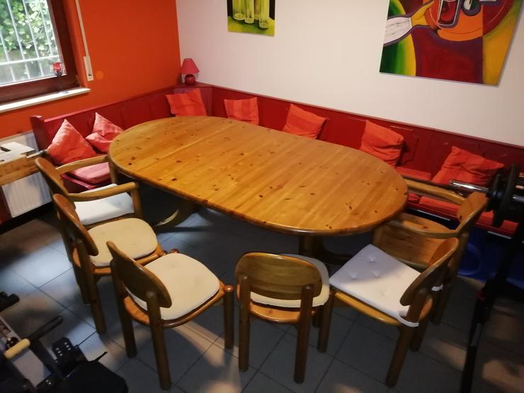 Tisch mit 6 Stühlen, rund 120cm, mit 2 Einlegeplatten 210cm lang