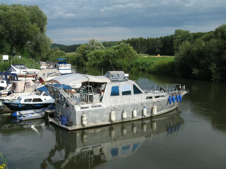 Motorboot Aluminium unlackiert