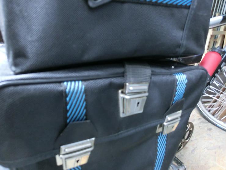 Bild 6: Gepäckträgertasche mit Aufsetz-Koffer von Haberland