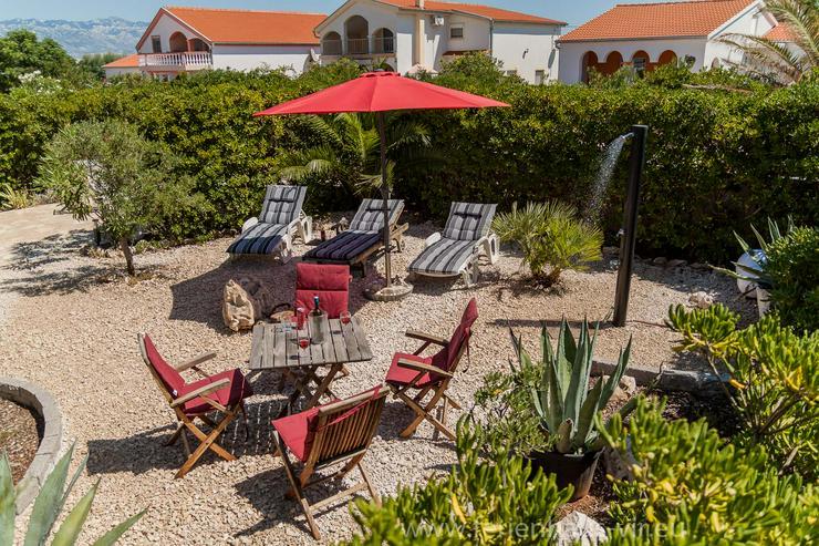 Bild 6: Ferienhaus Bungalow Kroatien Insel Vir 80m Meer 4Per  Alleinige Nutzung
