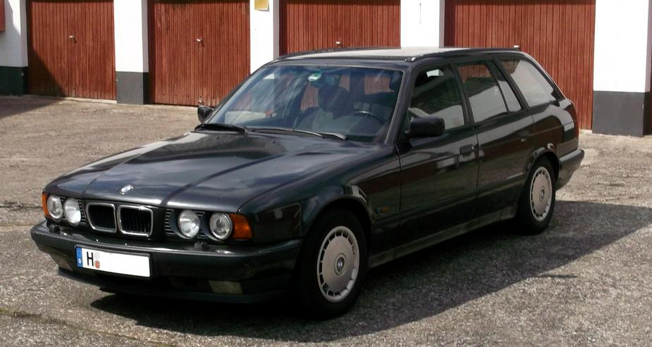 Bild 4: BMW 530iA Touring - E34