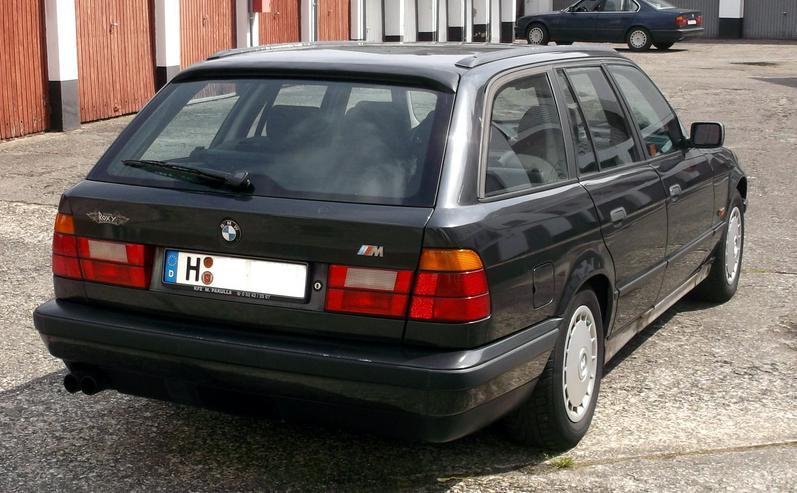 Bild 3: BMW 530iA Touring - E34