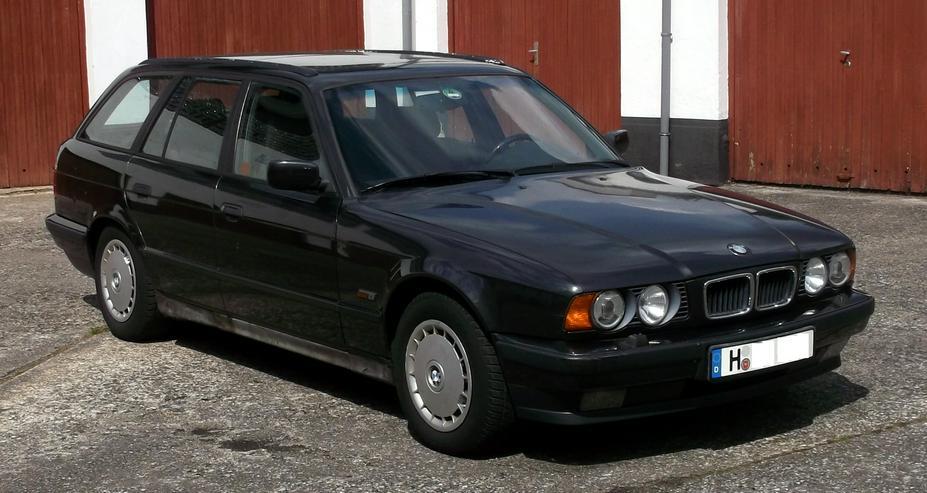 Bild 6: BMW 530iA Touring - E34