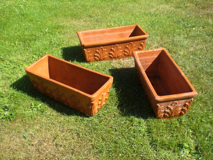 3 Blumenkästen aus Ton, gebraucht, rot-braun