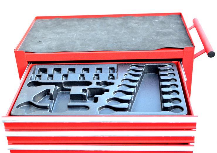 Bild 6: Werkstattwagen / Werkzeugwagen