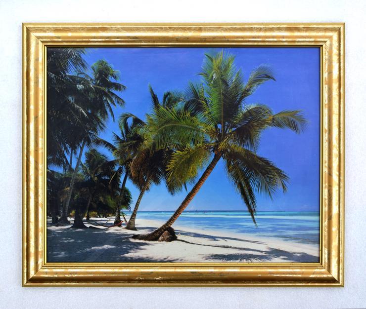 Bilderrahmen aus Kunststoff in Goldoptik 332 x 402 mm mit Plexiglasscheibe - Bilderrahmen - Bild 1