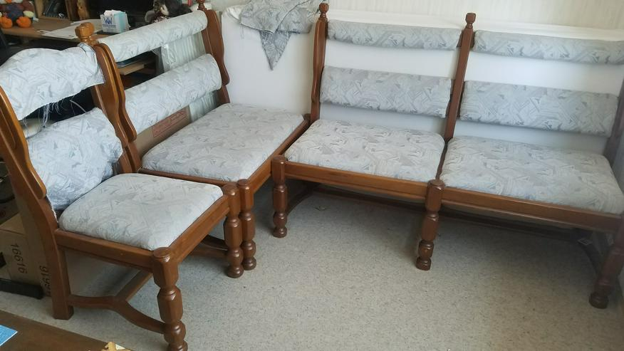 Eckbank altdeutsch (auch ohne Tisch) mit Tisch + 2 Stühlen - zu Verschenken - Bild 1