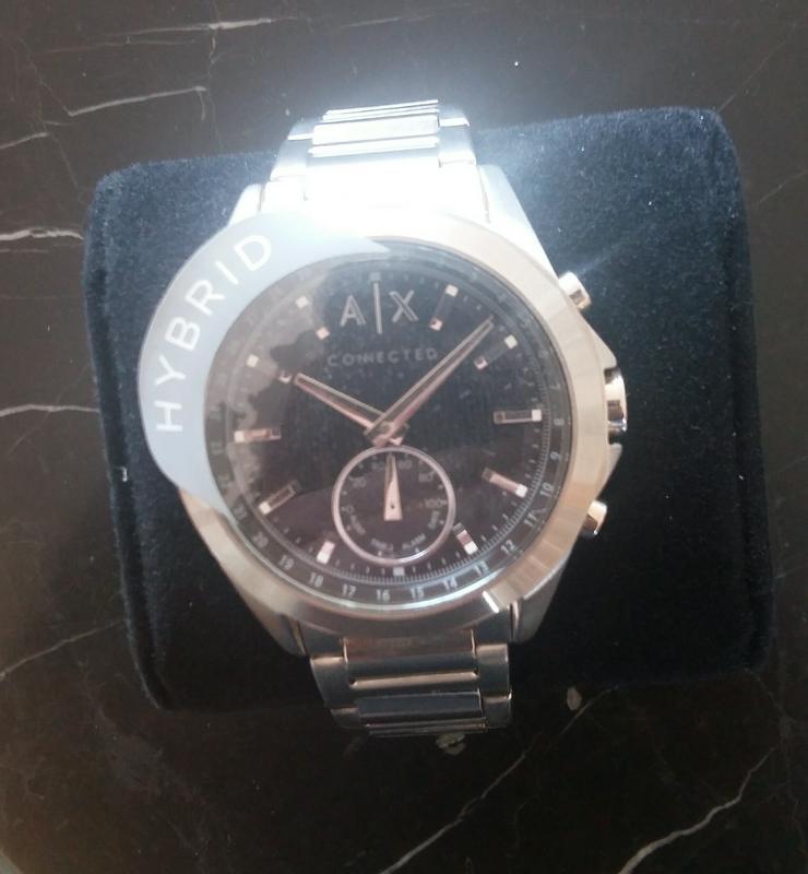 Bild 2: Neue Armani Exchange Hybrid-Smartwatch AXT1006