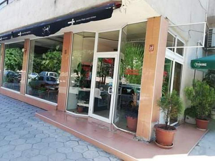 Bild 5: Bar/Restaurant mit großer Terrasse