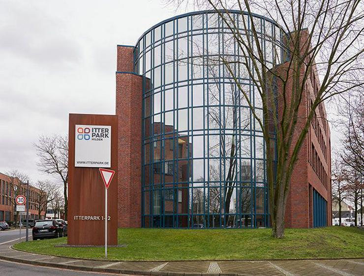 Bild 2: Großzügige, effiziente Büroflächen mit Ansprechpartner vor Ort im Itterpark Hilden