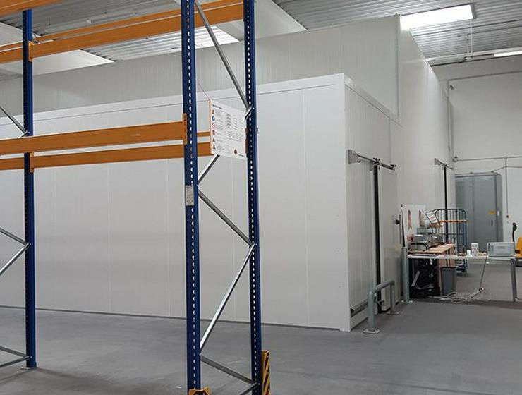 Große Lagerflächen mit Rolltor im Erdgeschoss im Itterpark Hilden *Jubiläums-Aktion*