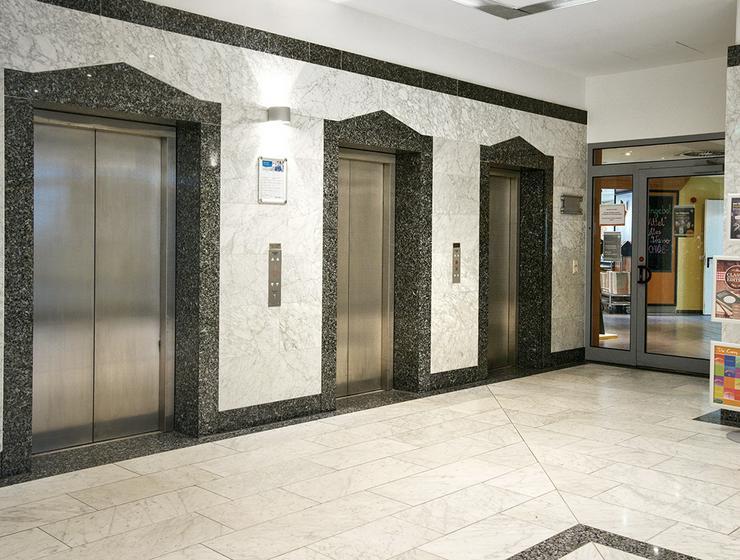 Großzügige Büroflächen im modernen Sirius Office Center Köln