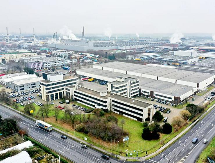 Teilsanierte Büros mit perfekter Anbindung im Neusser Süden - Gewerbeimmobilie mieten - Bild 1
