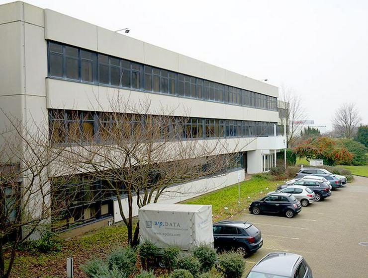Bild 6: Teilsanierte Büros mit perfekter Anbindung im Neusser Süden