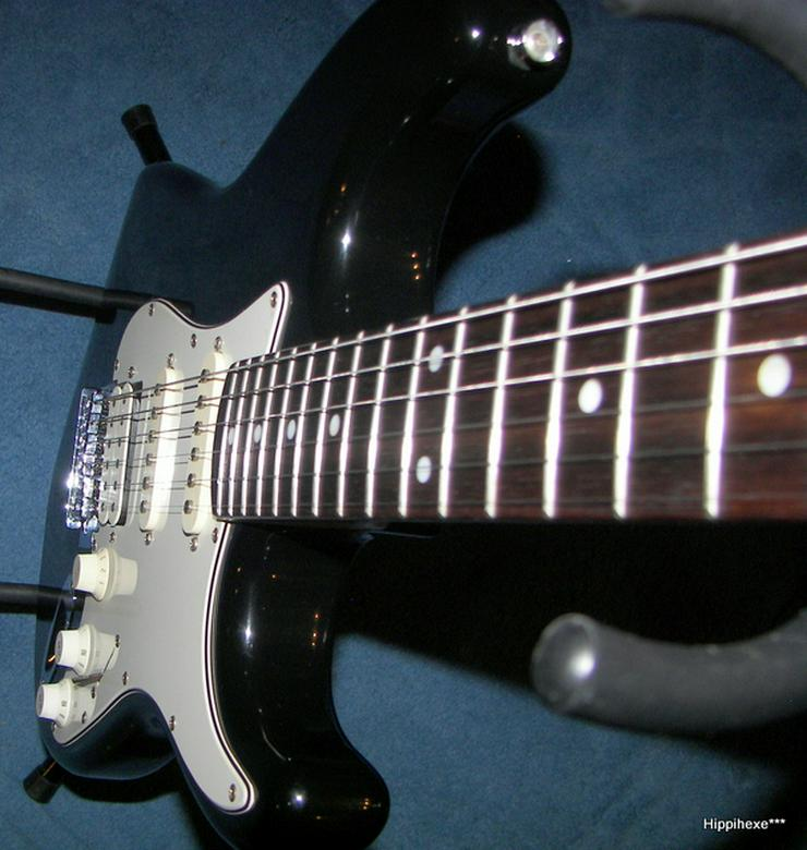 Bild 6: Verkaufe E-Gitarre von Stagg S402 * Stratocaster* in schwarz