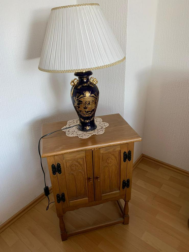 Sehr schönes und Hochwertiges Schrank , echt Holz , mit Schubladen ,sehr wenig Gebrauchsspuren . - Sonstige Möbel - Bild 1
