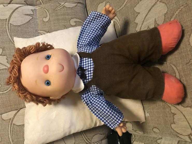 Puppe Junge mit Eis