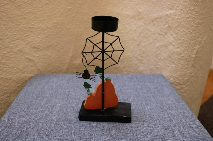 Bild 2: Halloween-Teelichthalter, Metall-Holz