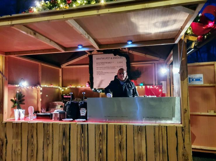 Unterstütze uns auf dem Weihnachtsmarkt