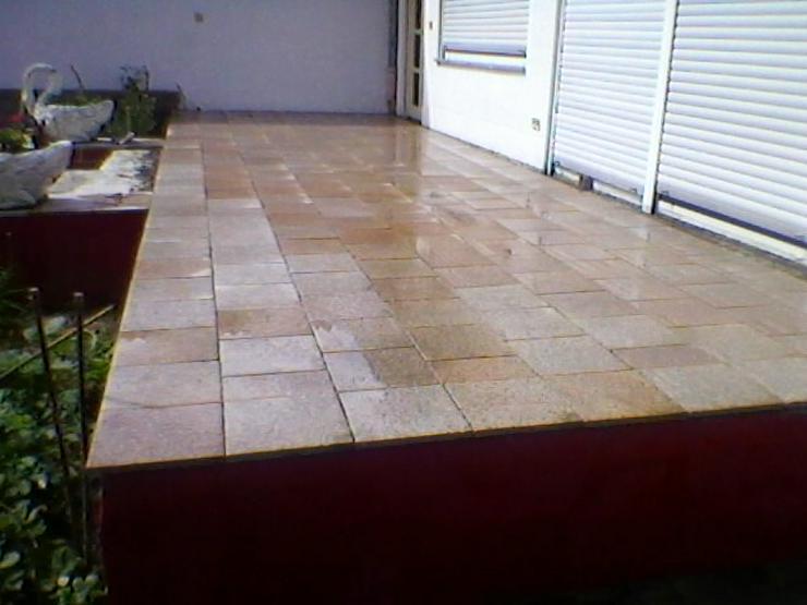 Bild 3: Bagger Garten Terrasse Parkplatz Gehwege Treppen Platten