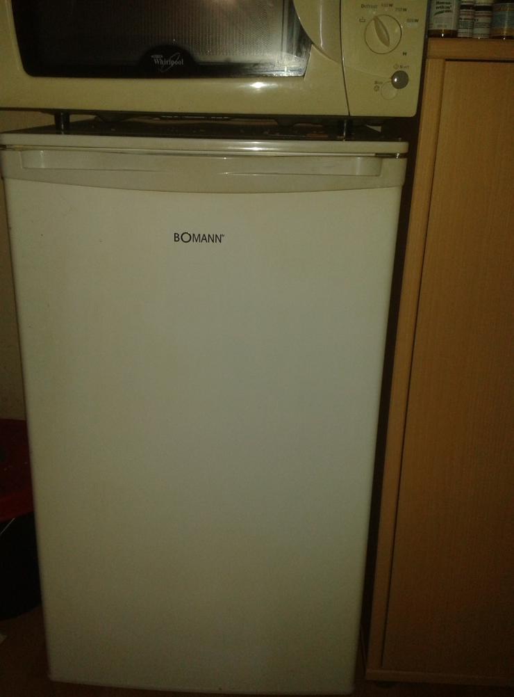 Kühlschrank von Bomann, 11 Monate alt an Selbstabholer.